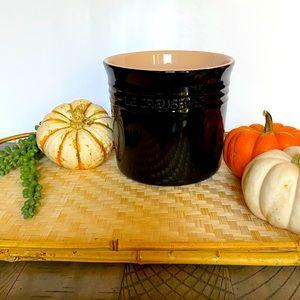 NWT Le Creuset Black Ceramic Utensil Crock